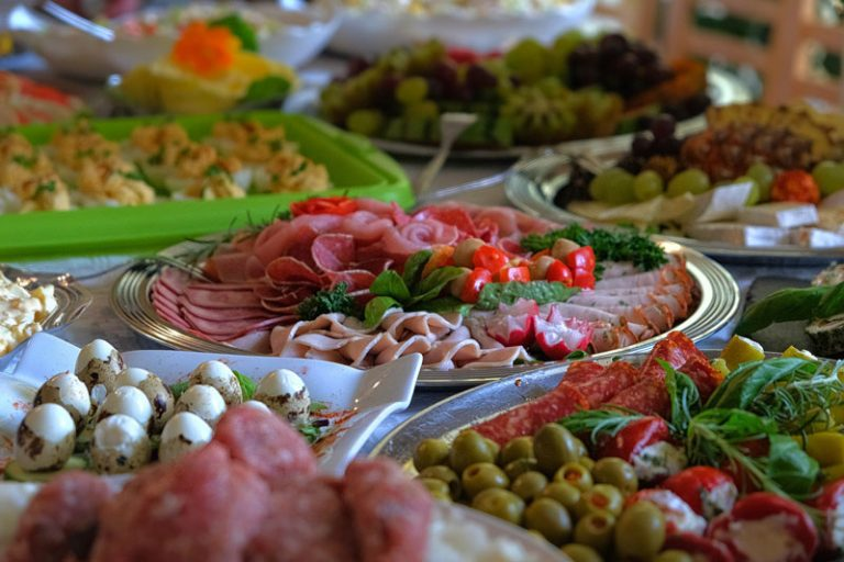 Best Retirement Party Food Ideas Which Will Impress the Guests