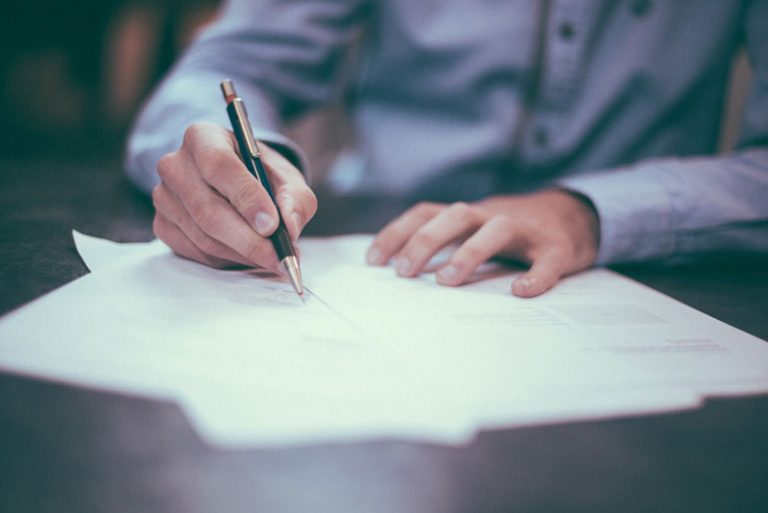 How to Write a Retirement Letter in 7 Easy Steps